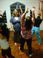 Dinâmica de consciência corporal, realizada no Grupo de Estudo e Trabalho